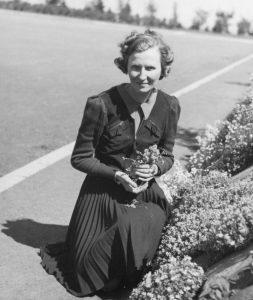 Marcelle Gauvreau, directrice de l'École de l'Éveil (1941).