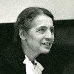 Lise Meitner en 1946 (domaine public).