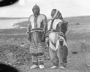 Ikpukhuak and his shaman wife (circa 1913-1916)
