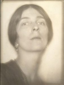 Autoportrait. Margaret Watkins. 1919.
