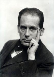 Walter Gropius (1919)
